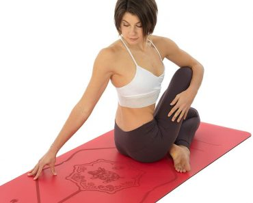 Tips to choosing a Yoga mat if you have sweaty hands and feet